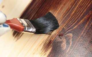 Как покрасить дверь под дерево правильно
