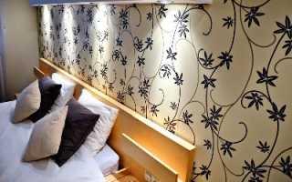 Как правильно выбрать современные обои для стен в спальню