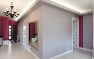 Чем отделать стены в коридоре: рассмотрим популярные варианты