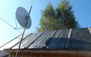 Как уложить стеклогидроизол на двускатную крышу