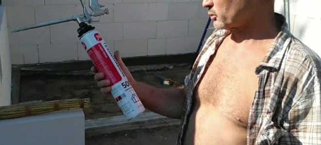 Клей для пенобетона: по необходимости использование полиуретановой смеси на 1 м3 блоков