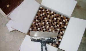 Укладка мозаики на стену: этапы выполнения работ