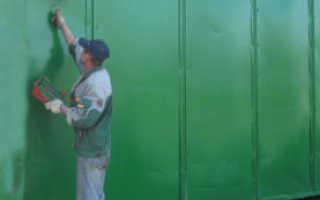 Чем лучше покрасить металлические ворота: популярные варианты