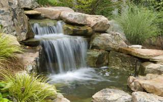 Декоративный искусственный водопад дома на даче: как сделать пруд с водопадом на участке в саду и во дворе из дикого камня, схема без насоса – 18 фото
