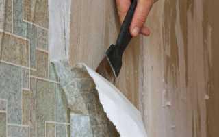 Как снять со стен старые виниловые обои без проблем