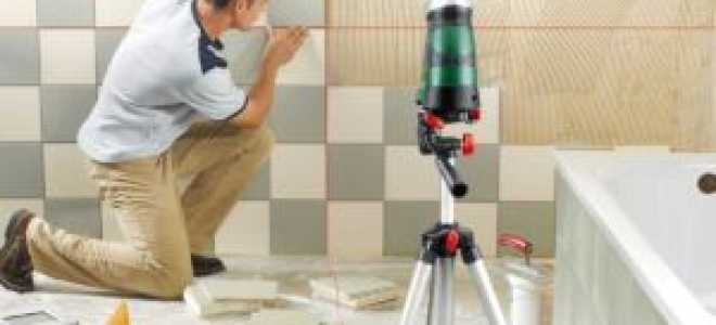 Как клеить керамическую плитку на стену правильно