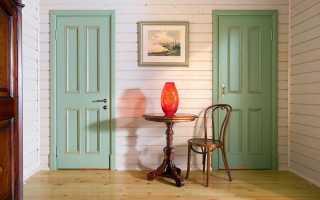Чем покрасить деревянную дверь: как выбрать подходящую краску