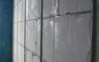 Как заштукатурить стену по маякам